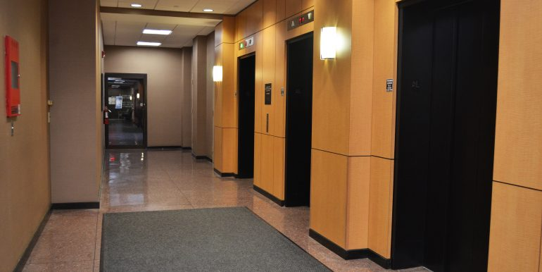 145 Huguenot elevators