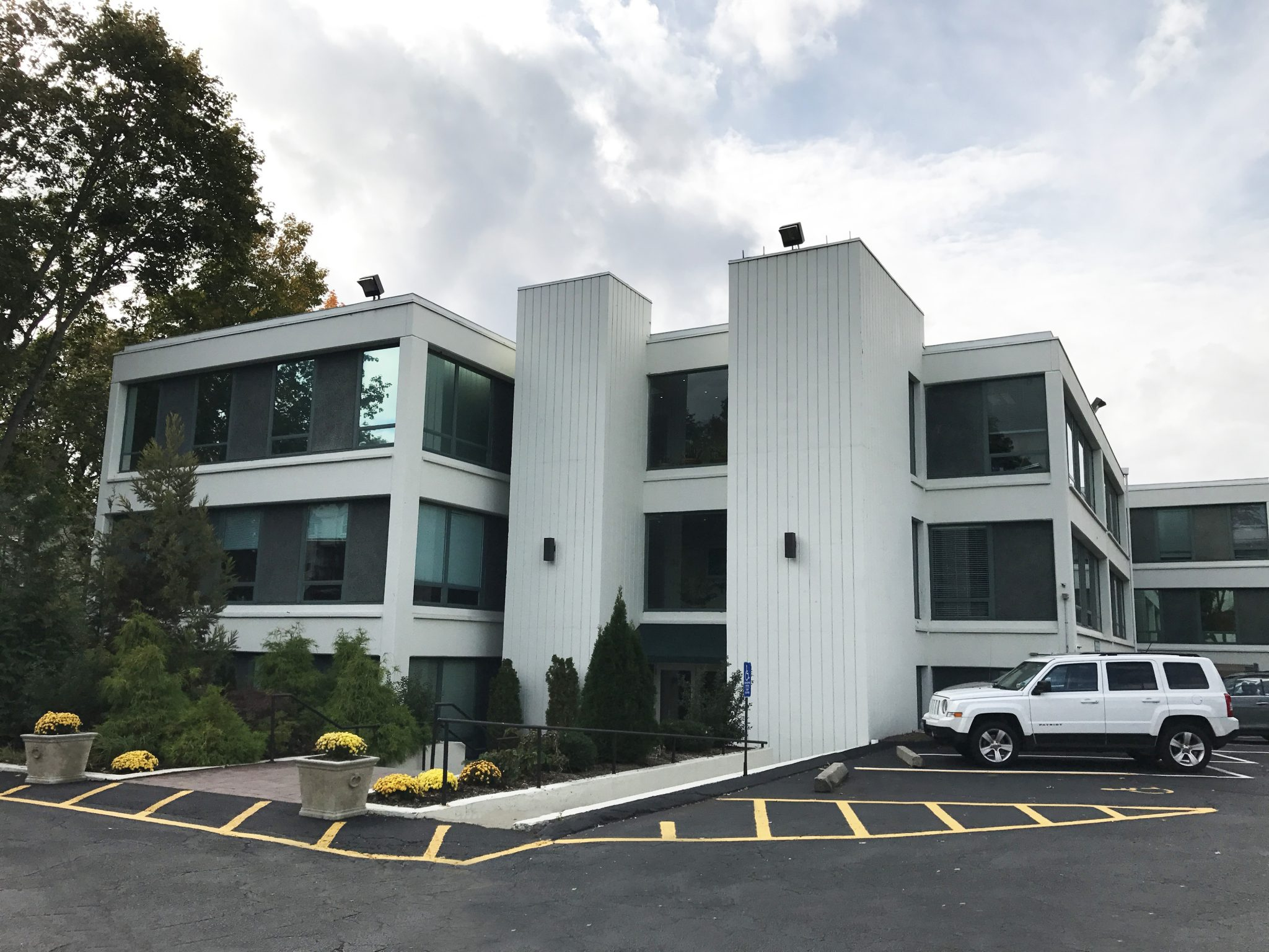 83 East Avenue – Norwalk, CT 06851 – 1,805 sq. ft.