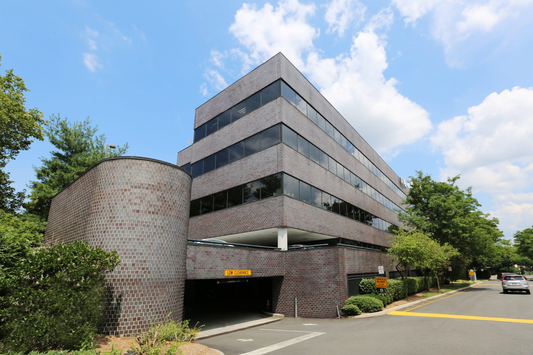 218 Route 17 North – Rochelle Park, NJ 07662 – 15,814 sq. ft.