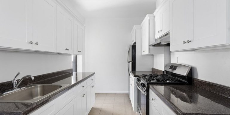 2_921East179th_Apt2D_5_Kitchen_LowRes