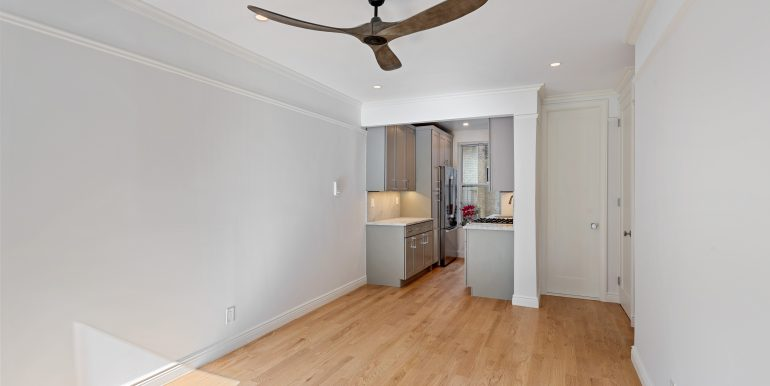 Living Room Kitchen (5)